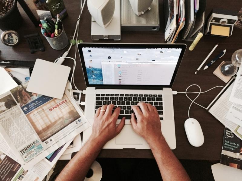 Planilhas X CRM: por que substituir planilhas por um software?