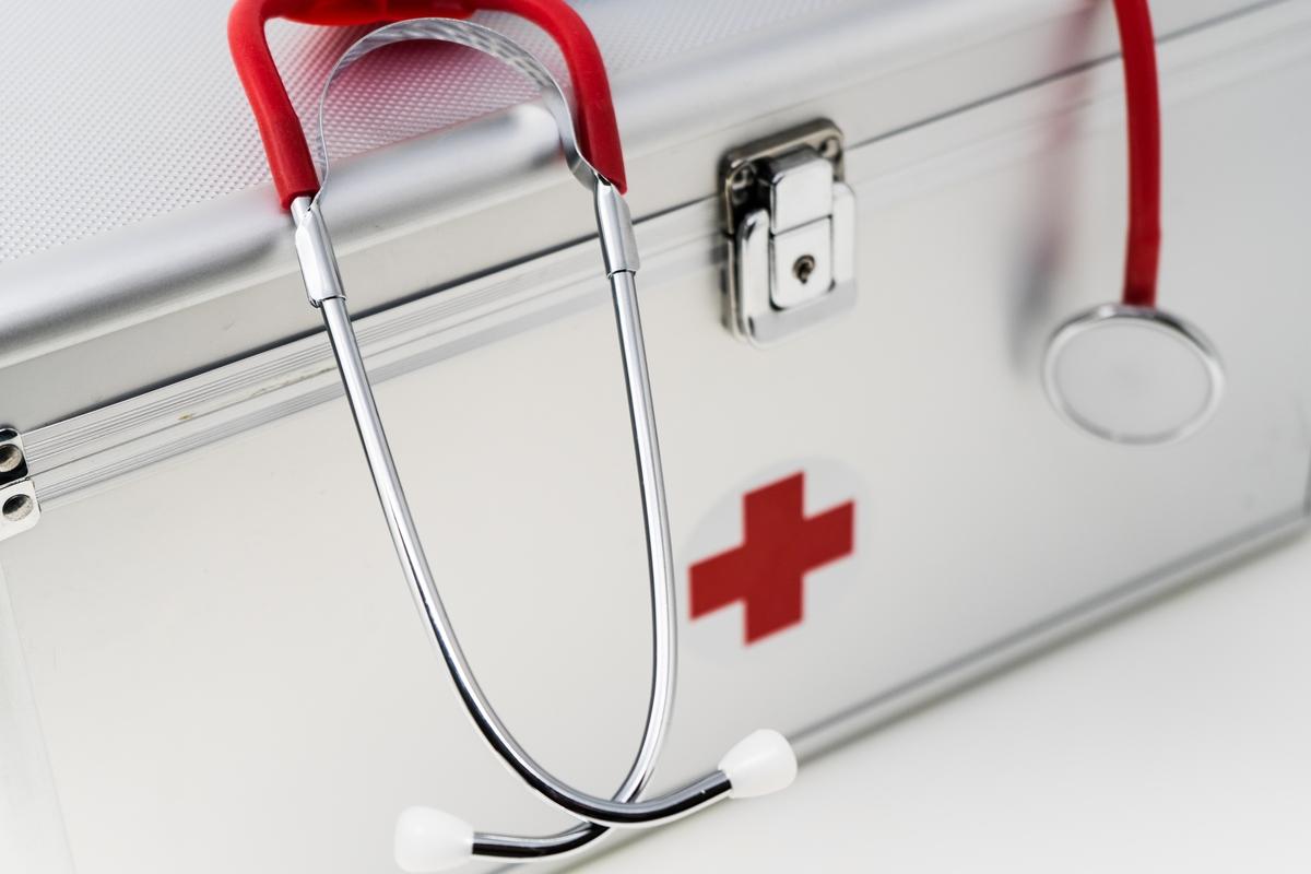 Vendedor de planos de saúde: aprenda a abordar clientes para vender mais